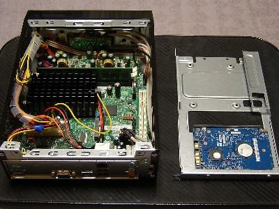 HDDをドライブベイに取り付け