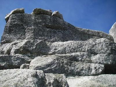五丈岩を登る