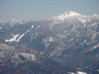 日光白根山と丸沼高原スキー場