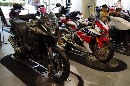 バイクの展示