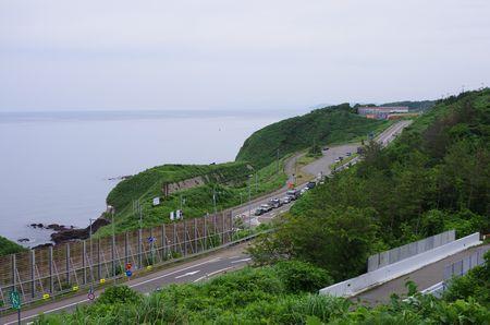 日本海と国道8号