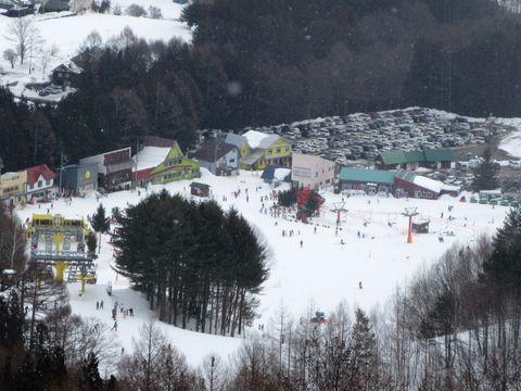 スキー場ベース
