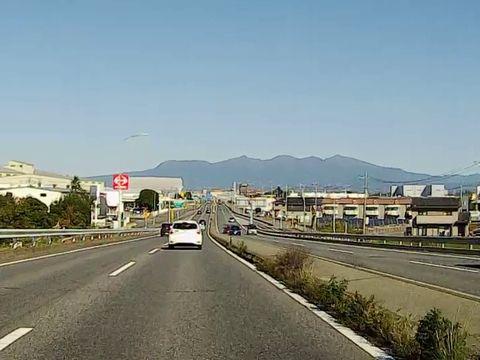 上部道路・伊勢崎付近からの赤城山