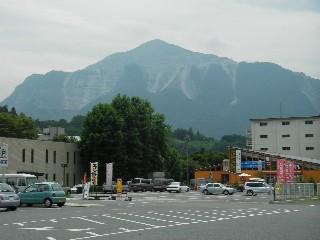 武甲山、霞んでるね~